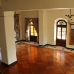 Dřevěné vzory vládnou moderním podlahám. Jaké jsou nejoblíbenější druhy podlah?